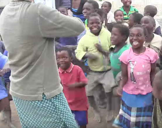 African children hear violin